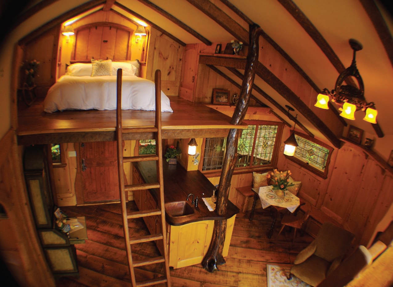 le temps suspendu dans un arbre magazine luxe immobilier i design i art de vivre. Black Bedroom Furniture Sets. Home Design Ideas